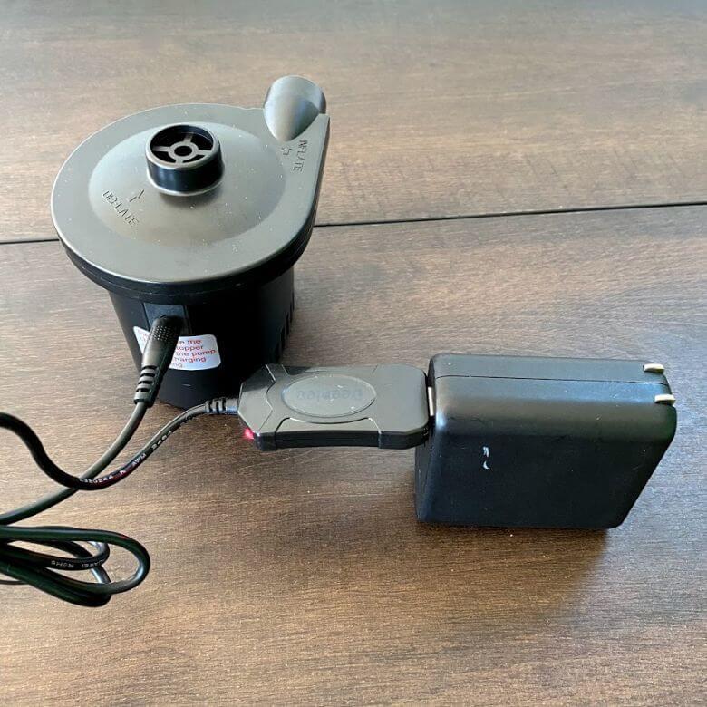 電動エアーポンプ「deeplee」の充電方法