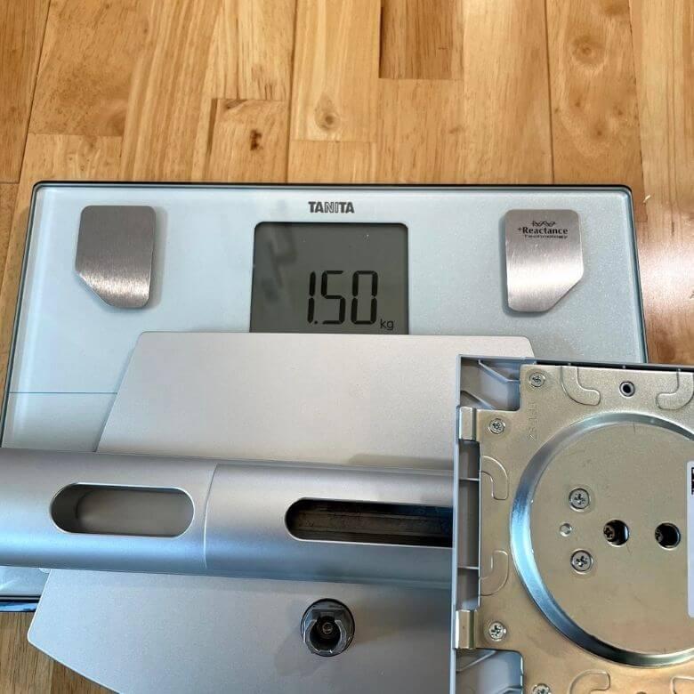Dell 27インチWQHDモニター S2721DSの重さ