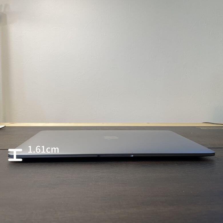 M1チップ搭載MacBook Airのサイズ