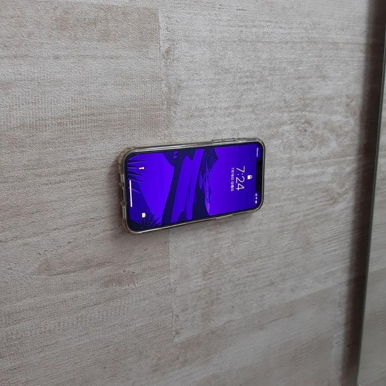 【レビュー】エレコムマグネットステッカー MagkeepでどこでもiPhone12を貼り付けられる