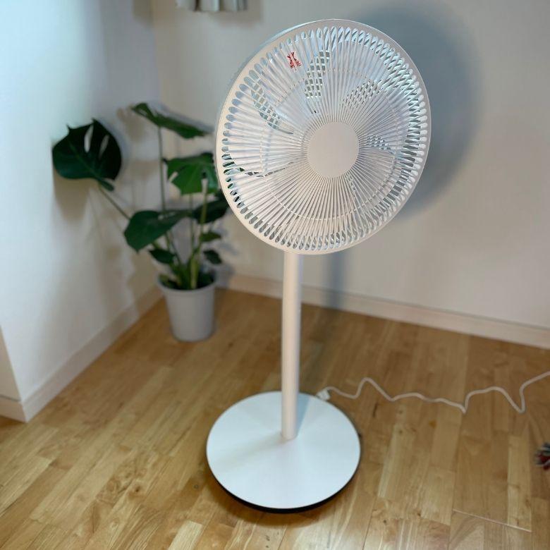 【レビュー】+Style「スマート扇風機」はコードレスで30時間使える家電